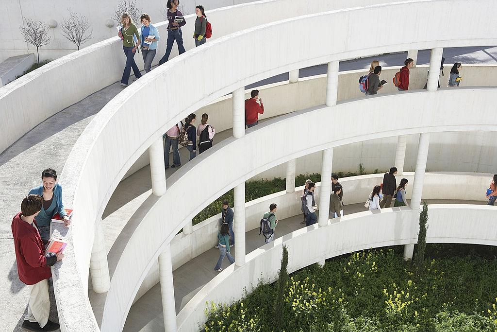 Sekolah Arsitektur Terbaik
